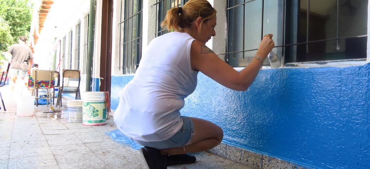 El municipio realiza refacciones y trabajos de mantenimiento en escuelas provinciales